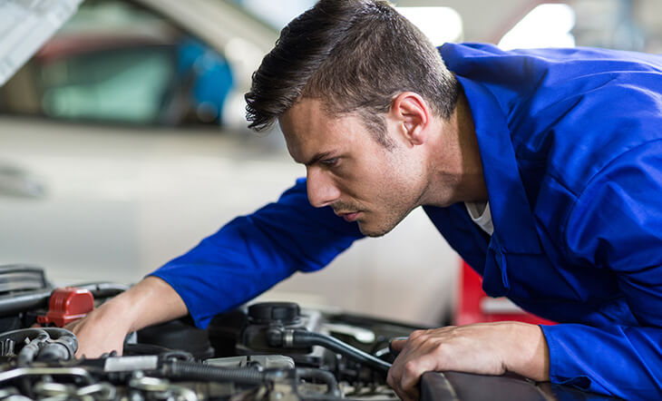 اتومبیل خود را مرتباً چک کنید و ایمن بمانید.